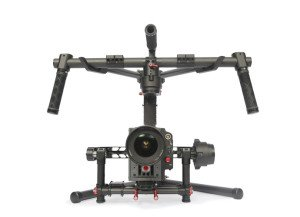 DJI Ronin allows to get movies of high precision even on aircrafts in flight