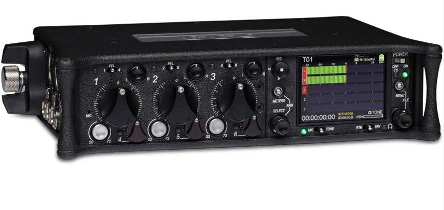 il sound device 633 è un mixer a 6 canali in fibra di carbonio.
